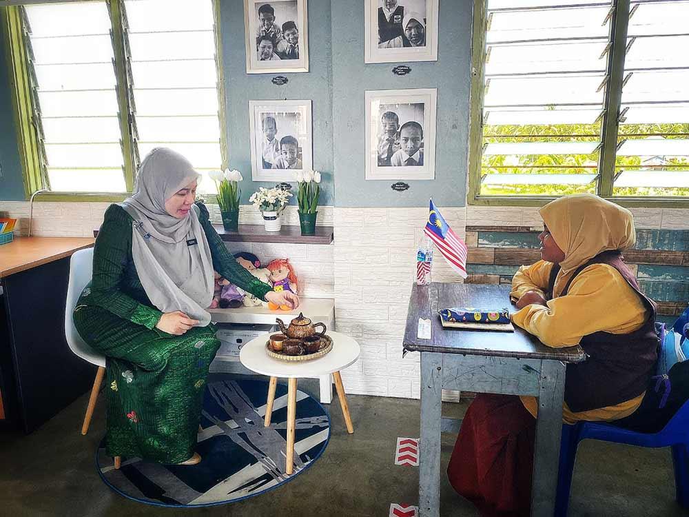 Bilik Darjah Berhias Seperti Rumah Sendiri, Idea Kreatif Cikgu Ini Tambat Hati Murid Minat Belajar